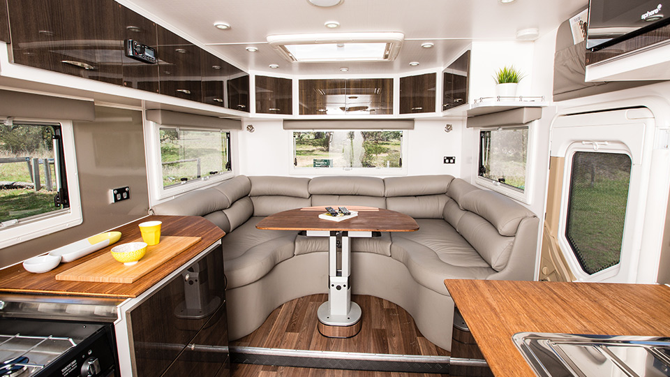 Luxury Caravan Pic 4