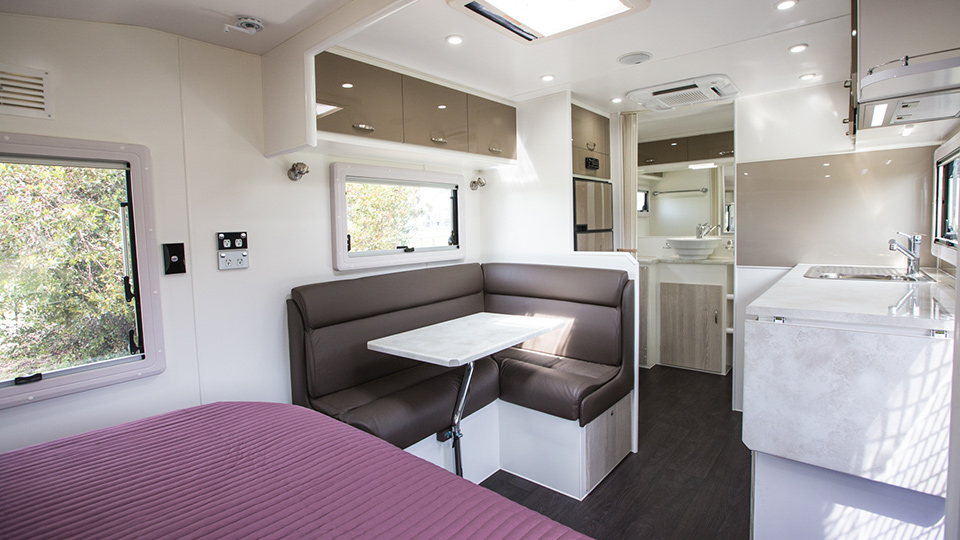 Luxury Caravan Pic 12